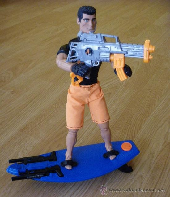 Action man: MUÑECO ACTION MAN - NO GEYPERMAN - AQUA BLASTER - HASBRO 1998 - COMPLETO CON LA TABLA DE SURF Y ARMA - Foto 1 - 27442163