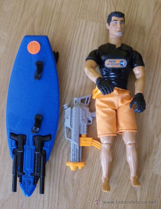 Action man: MUÑECO ACTION MAN - NO GEYPERMAN - AQUA BLASTER - HASBRO 1998 - COMPLETO CON LA TABLA DE SURF Y ARMA - Foto 3 - 27442163