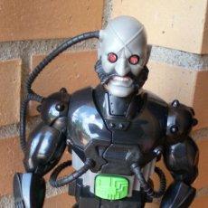 Action man: ACTION MAN DOCTOR X CIBORG ROBOT HASBRO 2003. Lote 32954802