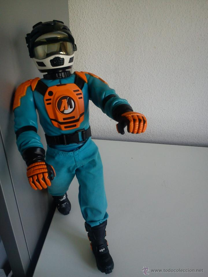 Action man: MUÑECO ACTION . MAN . ROPA ORIGINAL SE ABRE EL CRISTAL DEL CASCO. AÑO 1999 - Foto 11 - 43391975