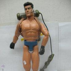 Action man: ACTION MAN - MUÑECO CON PISTOLA. Lote 52550470