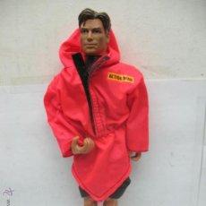 Action man: ACTION MAN - MUÑECO CON CHUBASQUERO . Lote 52550508