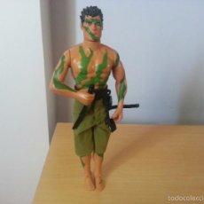 Action man: ACTION MAN JUNGLE 1999 CON CERBATANA NEGRA.. Lote 56565775