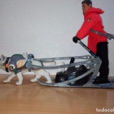 Action man: ACTION MAN CON PERRO Y TRINEO. Lote 97328367