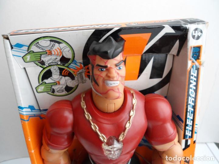 Action man: ACTION MAN ATOM - MEGA PAINE - HASBRO 2005 - CON LUCES Y SONIDO FUNCIONANDO - NUEVO EN CAJA - Foto 3 - 111926583
