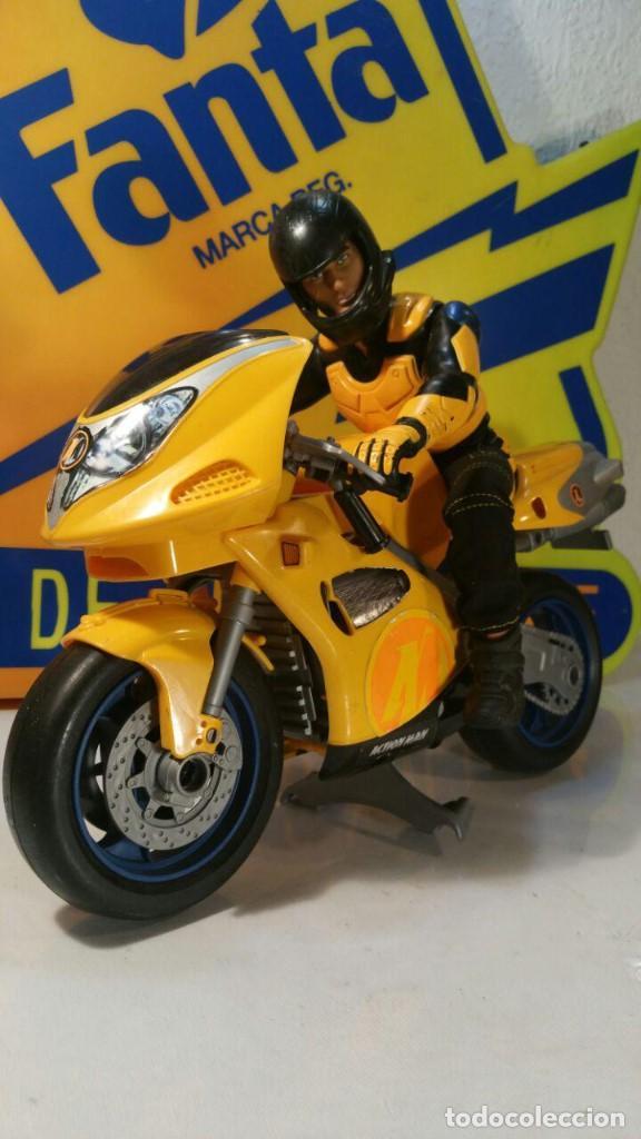 MUÑECO ACTION MAN. HASBRO INTERNATIONAL INC MOTORISTA CON MOTO CARRETERA 1998 (Juguetes - Figuras de Acción - Action Man)