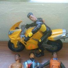 Action man: LOTE 4 MUÑECOS ACTION MAN Y MOTOCICLETA. Lote 155096836