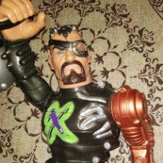 Action man: DOCTOR X CON BOLA DE ACTION MAN 2000. Lote 169459861