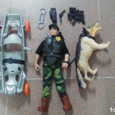 Action man: MUÑECO ACTION MAN CON PERRO DE RESCATE Y COMPLEMENTOS. Lote 181199982