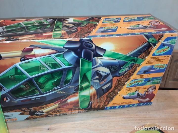 Action man: Maxicopter con piloto, en caja años 90, - Foto 19 - 197103407