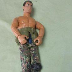 Action man: ANTIGUO MUÑECO ACTION MAN DE HASBRO AÑO 1996. PANTALONES DE CAMUFLAJE Y CINTURON. Lote 198394367