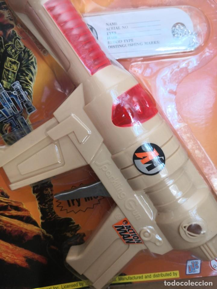 Action man: Blister Pistola friccion action man accesorios años 90 Hasbro - Foto 2 - 208292253