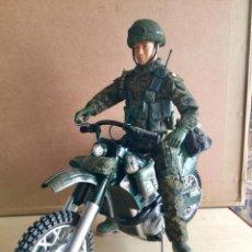 Action man: SOLDADO ESPAÑOL MOTORIZADO.. Lote 213273732