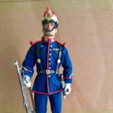Action man: SOLDADO CABO 1º DE LA GUARDIA REAL. CUSTOMIZADO. ACTION MAN. Lote 213273952