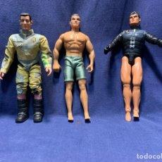 Action man: LOTE TRES ACTION MAN Y SIMILARES MAX THUNDER 1995 2003 28CMS. Lote 221492075