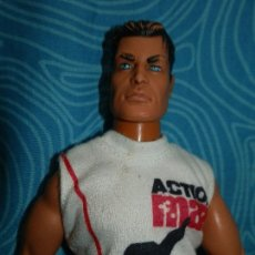 Action man: MUÑECO ARTICULADO ACTION MAN HASBRO 1999. Lote 222545223