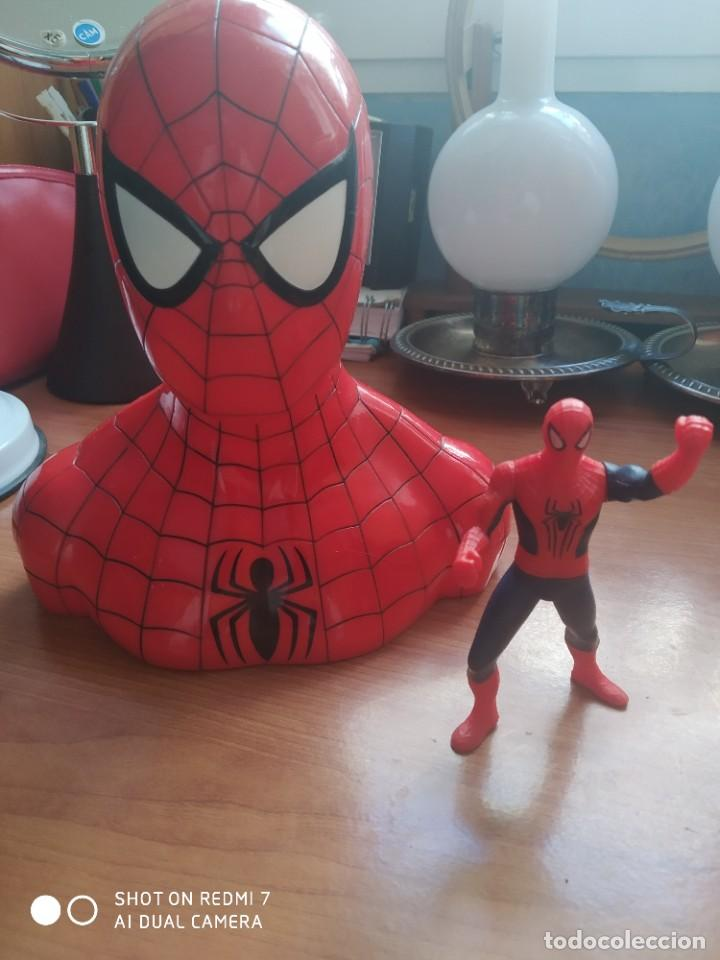 HUCHA SPIDER-MAN Y MUÑECO (Juguetes - Figuras de Acción - Action Man)