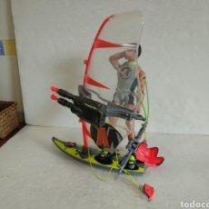 Action man: SURFISTA EN TABLA.ACTION MAN.OFERTA. Lote 228143515