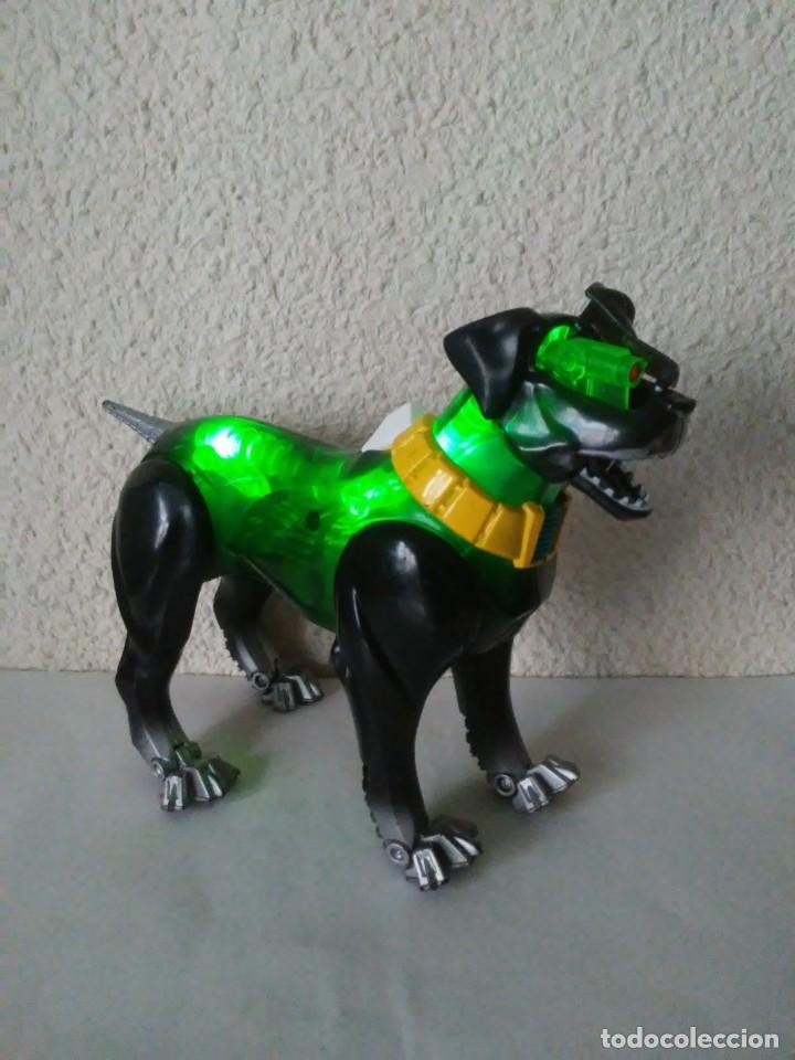Action man: Perro cyborg galáctico interactivo Mecha K9000 Atom Action Man Muñeco de plástico Juguete - Foto 19 - 240866305
