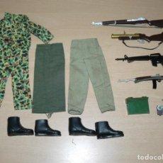 Action man: HASBRO 1964 BY PALITOY ACTION MAN LOTE ARMAS ROPA ACCESORIOS 1/6 AÑOS70 ENGLAND GEYPERMAN GI JOE 1:6. Lote 245079145