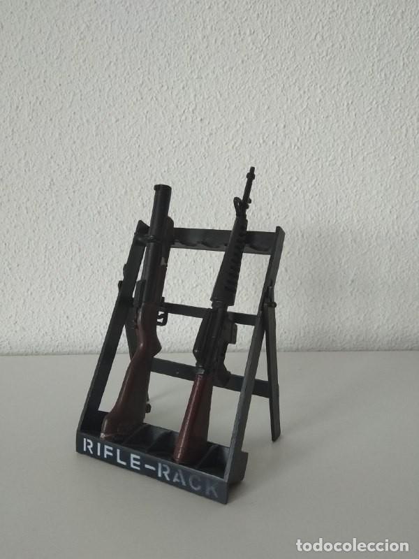 RIFLE RACK ACTION MAN ARMAS DE JUGUETE FIGURAS 1/6 COMPATIBLE GEYPERMAN (Juguetes - Figuras de Acción - Action Man)