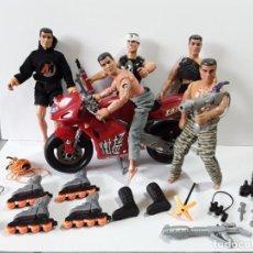 Action man: ACTION MAN, LOTE DE 5 MUÑECOS, MOTO NINJA Y ACCESORIOS. Lote 284606333
