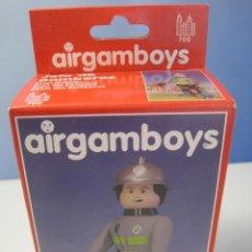 Airgam Boys: AIRGAMBOYS JEFE DE BOMBEROS NUEVO EN CAJA NEW TOYS REFERENCIA 90.012. Lote 97364603