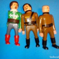 Airgam Boys: TRES FIGURAS AIRGAMBOYS MOSQUETERO Y SOLDADOS INGLESES . Lote 104089823