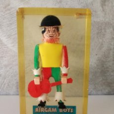 Airgam Boys: AIRGAM BOYS SUPER STARS PAYASO EN METACRILATO PARA EXPOSICIÓN ESCAPARATE . Lote 118060579