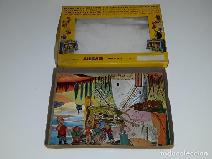 AIRGAM AIRGAMBOYS : ANTIGUA CAJA FIGURAS TEATRO AIRGAM - OBRA EL GATO CON BOTAS REF. 908 - AÑO 1969 (Juguetes - Figuras de Acción - Airgam Boys)
