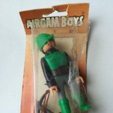 Airgam Boys: FIGURA AIRGAM REF. 11100 CON BLISTER - SERIE MEDIEVAL - ROBIN HOOD ARQUERO VERDE. Lote 160367334