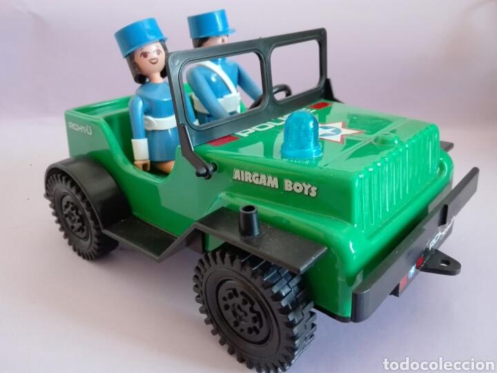 AIRGAMBOYS JEEP POLICÍA CON MUÑECOS. (Juguetes - Figuras de Acción - Airgam Boys)