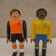 Airgam Boys: LOTE DE 2 AIRGAM BOYS FUTBOLISTAS - PORTERO DE ESPAÑA Y JUGADOR DE BRASIL - INCLUYE BALÓN.. Lote 169287696