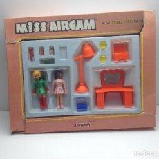Airgam Boys: MISS AIRGAM - PELUQUERA - PELUQUERIA. Lote 174555574