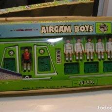 Airgam Boys: AIRGAM BOYS AIRGAMBOYS SERIE FUTBOL REAL MADRID- REF- 83663- EN SU CAJA ORIGINAL- 1982- BUEN ESTADO. Lote 175139502
