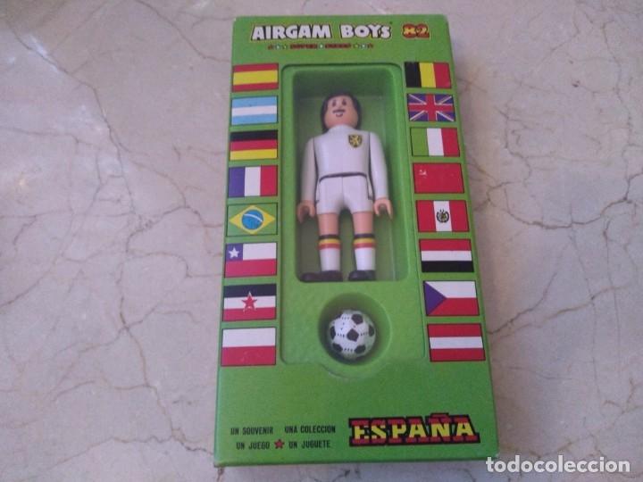 AIRGAM BOYS FUTBOLISTA BÉLGICA A ESTRENAR REF. 18 (Juguetes - Figuras de Acción - Airgam Boys)