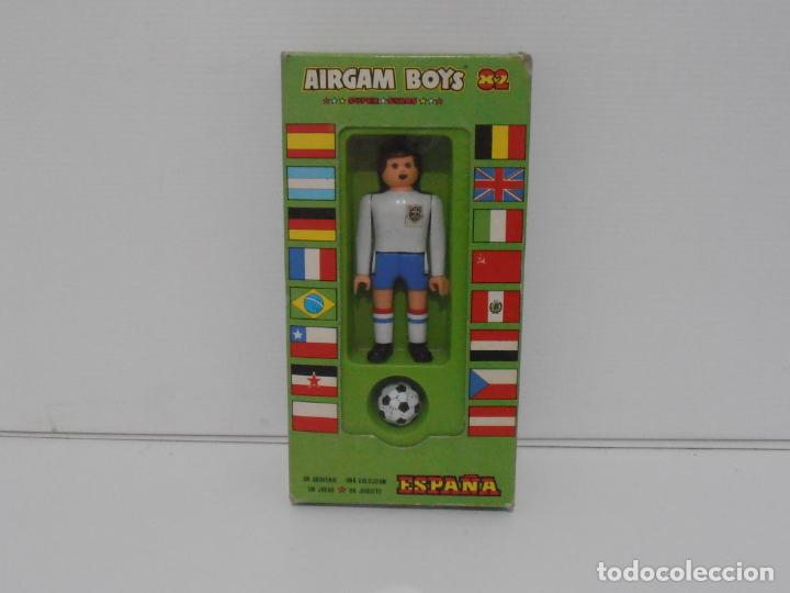 AIRGAM BOYS FUTBOLISTA EN CAJA ORIGINAL SIN JUGAR, INGLATERRA REF 06, AIRGAMBOYS, MADE IN SPAIN (Juguetes - Figuras de Acción - Airgam Boys)
