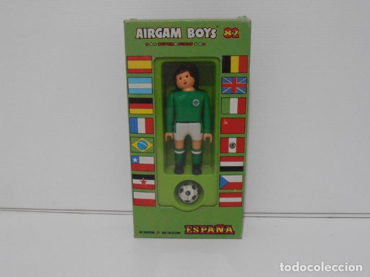 AIRGAM BOYS FUTBOLISTA EN CAJA ORIGINAL SIN JUGAR, IRLANDA REF 04, AIRGAMBOYS, MADE IN SPAIN (Juguetes - Figuras de Acción - Airgam Boys)
