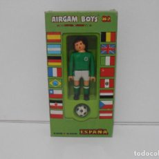 Airgam Boys: AIRGAM BOYS FUTBOLISTA EN CAJA ORIGINAL SIN JUGAR, IRLANDA REF 04, AIRGAMBOYS, MADE IN SPAIN. Lote 190737395