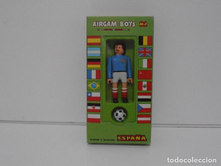 AIRGAM BOYS FUTBOLISTA EN CAJA ORIGINAL SIN JUGAR, YUGOSLAVIA REF 10, AIRGAMBOYS, MADE IN SPAIN (Juguetes - Figuras de Acción - Airgam Boys)