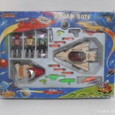 Airgam Boys: AIRGAM BOYS, CAJA REF 38302, 3 ALIEN RED PLANET CON NAVE Y MOTO AIRGAMBOYS, SERIE SPACE. Lote 194189240