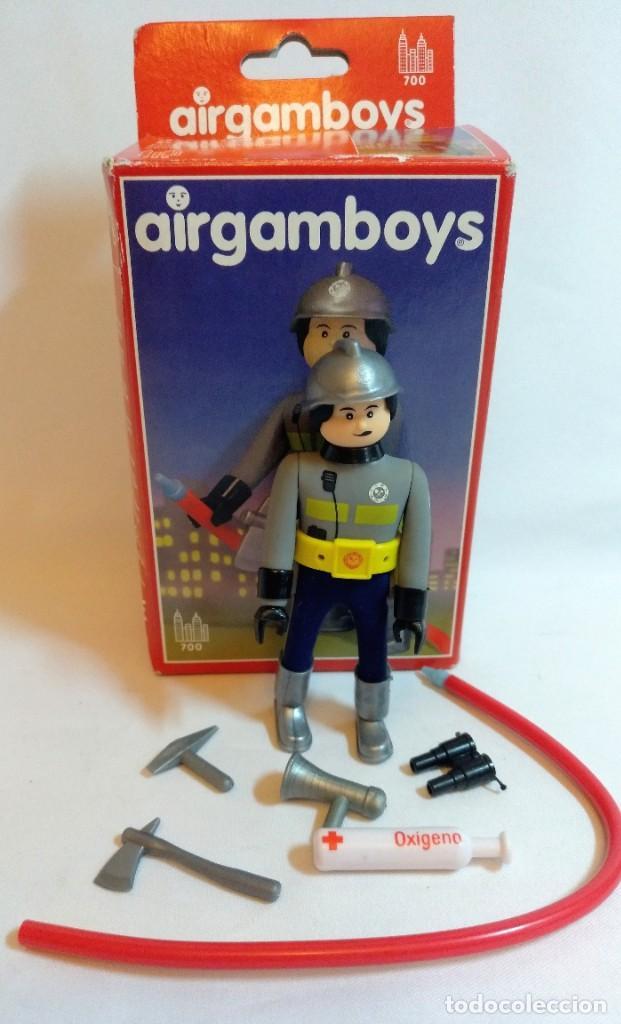 MUÑECOS AIRGAM BOYS Nº8 BOMBERO (Juguetes - Figuras de Acción - Airgam Boys)