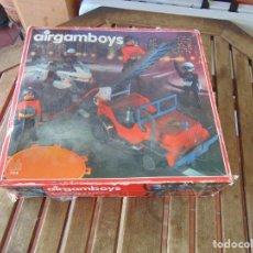 Airgam Boys: CAJA VACÍA DE AIRGAM BOYS BOMBEROS Y POLICIAS. Lote 213578708