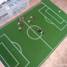 Airgam Boys: IMPRESIONANTE STADIUM AIRGAMBOYS CON SU CAJA+MARCADOR+BANNDERINES+ARBITRO 82010. Lote 214485385