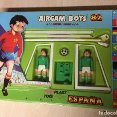 Airgam Boys: AIRGAM BOYS AIRGAMBOYS PYRO PLAST FUSTBOLISTAS ESPAÑA 82 NARANJITO PANATHINAIKOS NUEVO. Lote 226359438