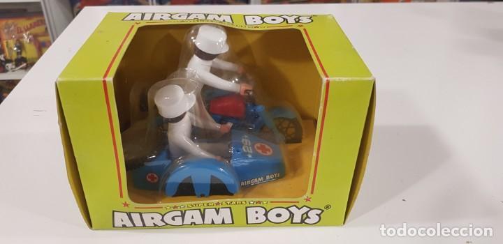 Airgam Boys: AIRGAM BOYS MOTO CON SIDECAR ENFERMEROS Ref. 00244 - AIRGAM 1979 - NUEVA - ¡¡¡EXCELENTE!!! - Foto 2 - 231512325