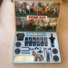 Airgam Boys: AIRGAMBOYS CAJA AMERIICANOS. Lote 271807378