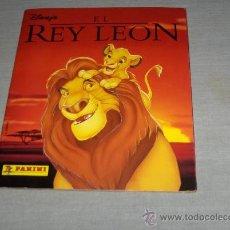 Coleccionismo Álbum: EL REY LEÓN COMPLETO, PANINI AÑOS 90. WALT DISNEY. MBE. REGALO AVIONES STICK & STACK 2013.. Lote 23455331