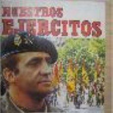 Coleccionismo Álbum: ALBUM DE CROMOS COMPLETO NUESTROS EJERCITOS PERFECTO E IMPECABLE. Lote 29225245