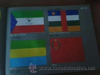Coleccionismo Álbum: Banderas de todo el mundo, album completo de la editorial Salvat. - Foto 2 - 30661982